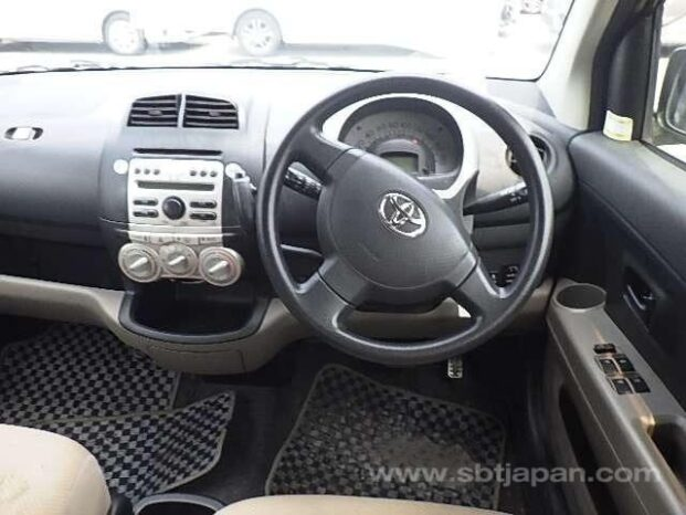 Certified Used Toyota Passo 2005 full